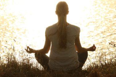 自律訓練法のやり方「冷え性解消&ストレス解消などに効果あり」