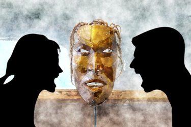 三人集まれば派閥ができるとは?「人間は3人以上集まれば派閥ができる生き物である」
