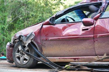 自動車事故の示談に応じる前に、注意すべきこと「「交通事故の被害者になったら読む本」からまとめました!」